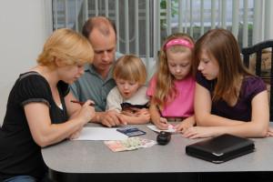 1372067915-703748-21190-300x200 Планируем семейный бюджет