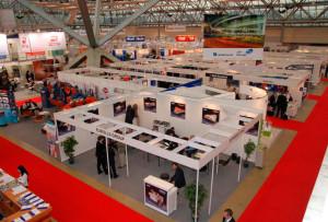 8-300x203 Принимайте участие в специализированных выставках – это выгодно для компании