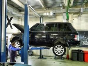 diagnostika_landrover-300x225 Специализированный автосервис Land Rover|Mazda – лучшее решение для Вашего автомобиля