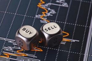 bigstock-Dices-Cubes-To-Trader-Cubes-W-43766770-10-300x200 Как заработать на бинарных опционах новичку