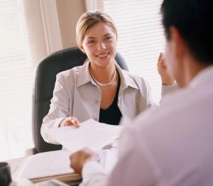 1_525535b9c68e8525535b9c6926-e1414527181140-300x262 Как устроится на работу, если нет опыта или образования