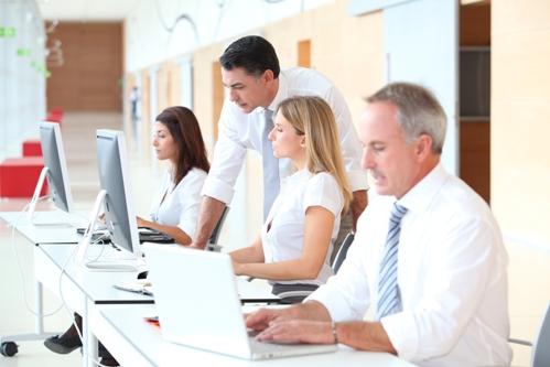 bigstock-Business-training-in-modern-of-16997921-4 В чем преимущества курсов обучения бизнесу онлайн